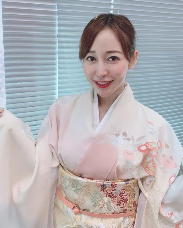 篠田ゆうの神尻 業界イチのプリップリな美尻の女優画像56枚のa02枚目