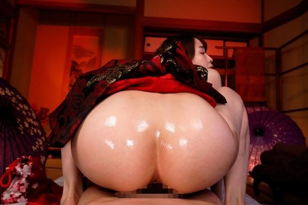 篠田ゆうの神尻 業界イチのプリップリな美尻の女優画像56枚のc05枚目