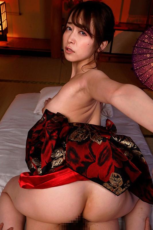 篠田ゆうの神尻 業界イチのプリップリな美尻の女優画像56枚のc15枚目