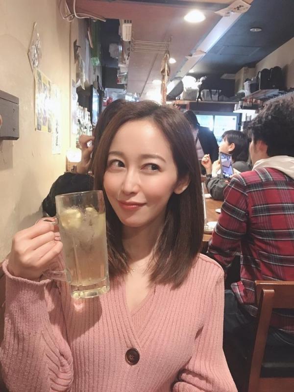 篠田ゆうのボディラインが超絶にエロすぎる件。画像58枚のa07枚目
