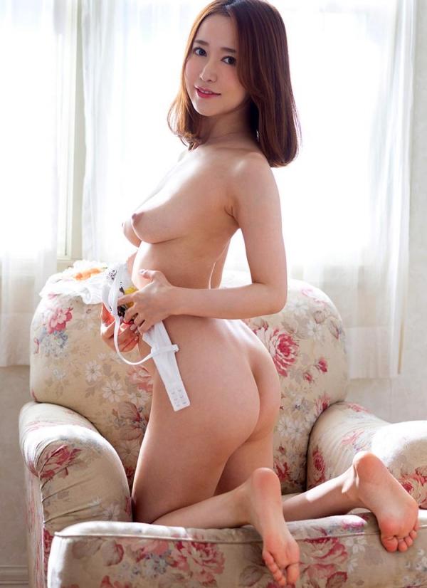 篠田ゆうのボディラインが超絶にエロすぎる件。画像58枚の2