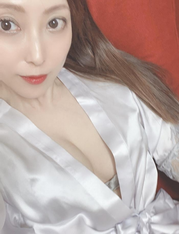白木優子 美熟女の逆夜這い性交 エロ画像45枚のa13枚目