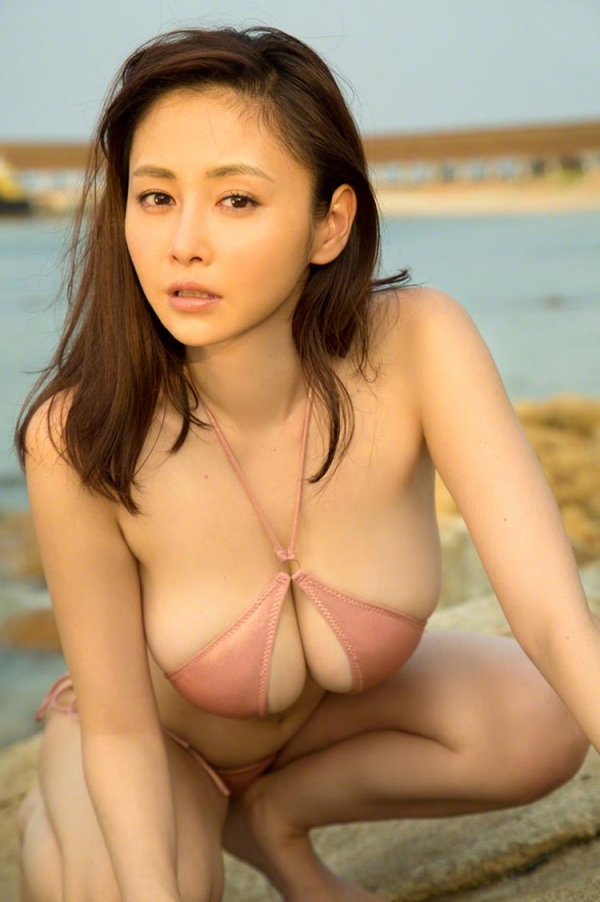 杉原杏璃のスイカみたいな美爆乳を久しぶりに見たら興奮したった!!【画像】53枚のa24.jpg