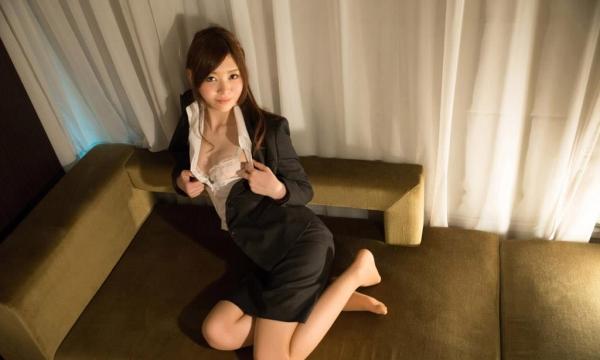 スーツ姿の綺麗なお姉さん8人の官能エロ画像80枚の31枚目