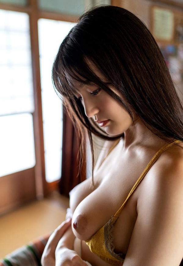 高橋しょう子 スリム巨乳な極上の肉体ヌード画像47枚のb12枚目