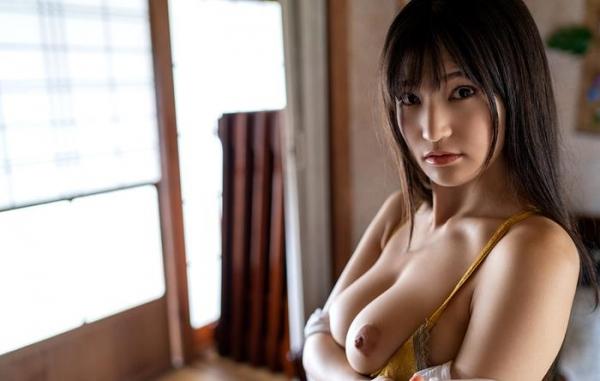 高橋しょう子 スリム巨乳な極上の肉体ヌード画像47枚のb13枚目
