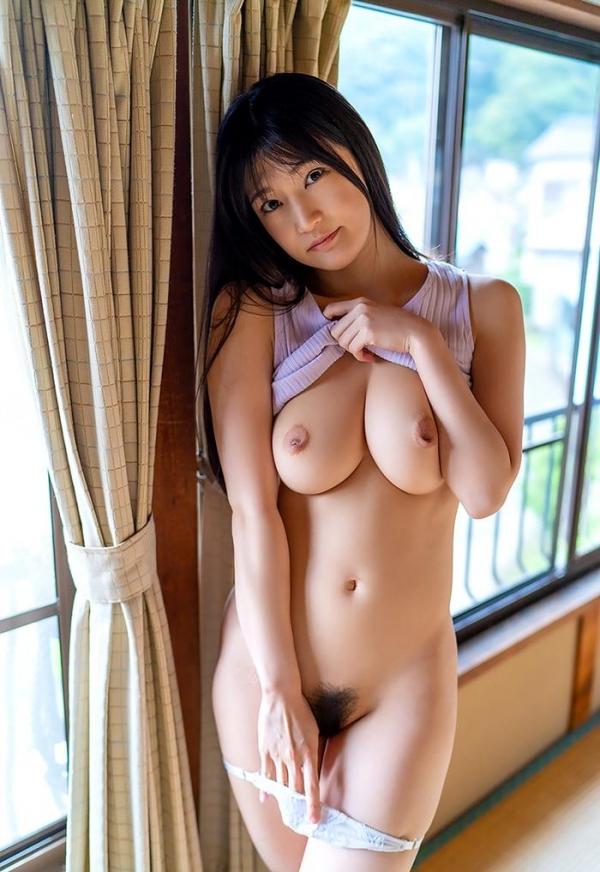 高橋しょう子 スリム巨乳な極上の肉体ヌード画像47枚のb17枚目