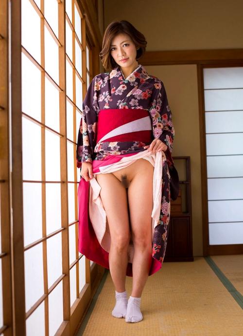 人妻・熟女AV女優 瞳リョウ Hitomi Ryo ヌードグラビア 04