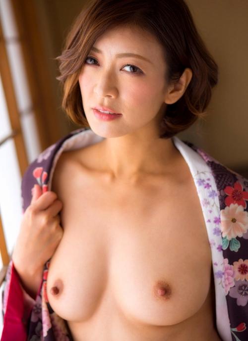 人妻・熟女AV女優 瞳リョウ Hitomi Ryo ヌードグラビア 16
