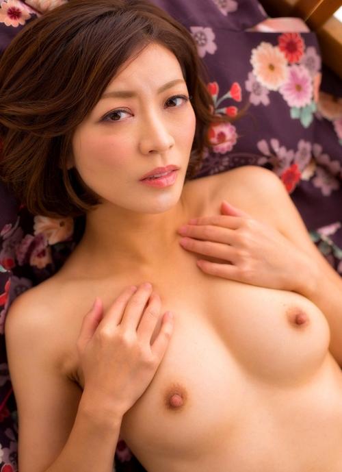 人妻・熟女AV女優 瞳リョウ Hitomi Ryo ヌードグラビア 27