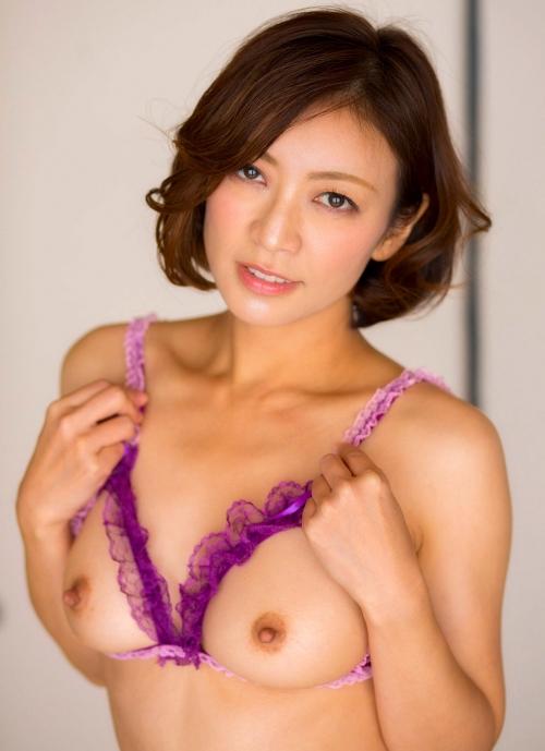 人妻・熟女AV女優 瞳リョウ Hitomi Ryo ヌードグラビア 69