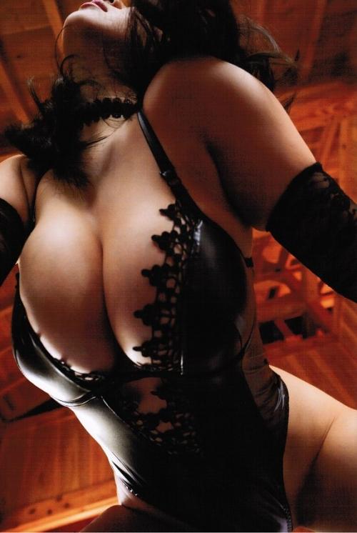 桐山瑠衣写真集 『Lapis Dress』 75