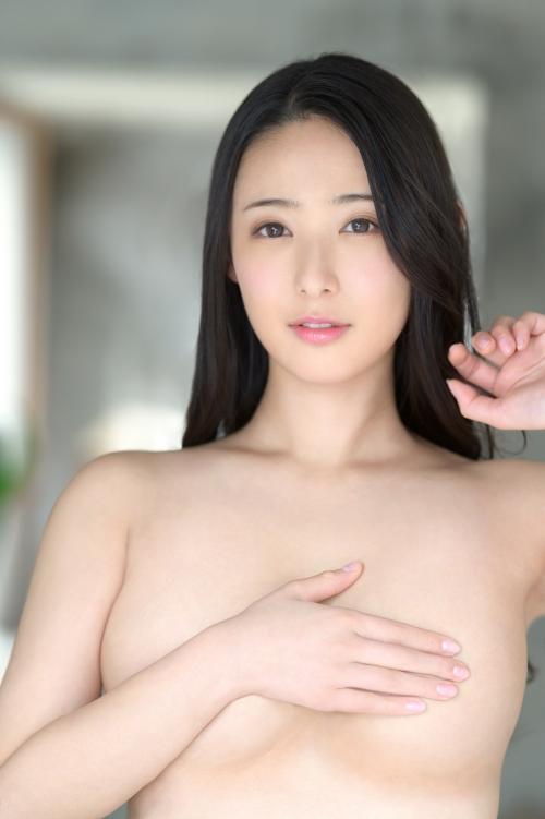 新人 プレステージ専属デビュー 美少女を超えた絶対的『美女』 松岡すず 10