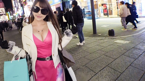 夜の巷を徘徊する〝激レア素人〟!! 36 ホノカ 25歳 キャバ嬢 300MIUM-556(三原ほのか) 05