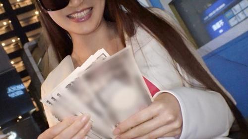 夜の巷を徘徊する〝激レア素人〟!! 36 ホノカ 25歳 キャバ嬢 300MIUM-556(三原ほのか) 16