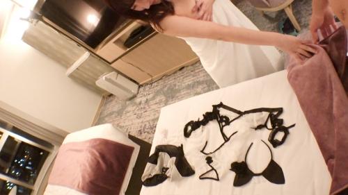 レンタル彼女 【超美顔!!×むっちりH乳!!】Hcupパン屋を彼女としてレンタル!つぐみん 21歳 実家(パン屋)の手伝い 300MIUM-593 (森本つぐみ) 18
