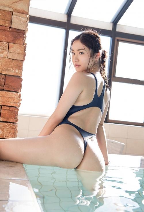 篠田りょう 16