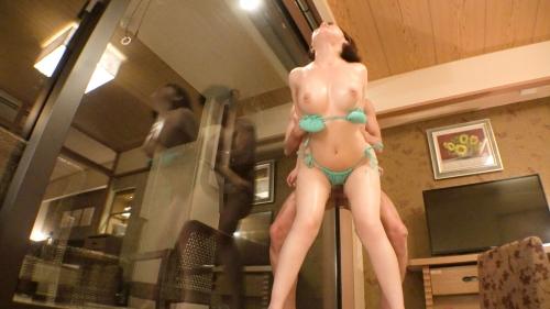【桃乳ももちゃん】現役モデルJDを彼女としてレンタル!口説き落として本来禁止のエロ行為までヤリまくった一部始終を完全REC!!完璧どエロBODYがハミ出るキワッきわ水着デートを楽しんだ後はホテルでオイリー濃厚セックス!!「ゴムいらないよ」との事なので、二回戦ガッツリ生ハメでイカせまくります!!【オススメ作品】 レンタル彼女 300MIUM-565 (小鳥遊ももえ) 20