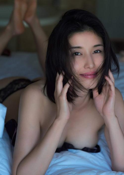 橋本マナミ 06
