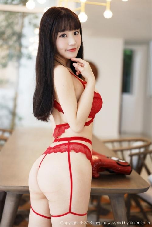 バレンタイン向きな魅惑のセクシーランジェリー 12