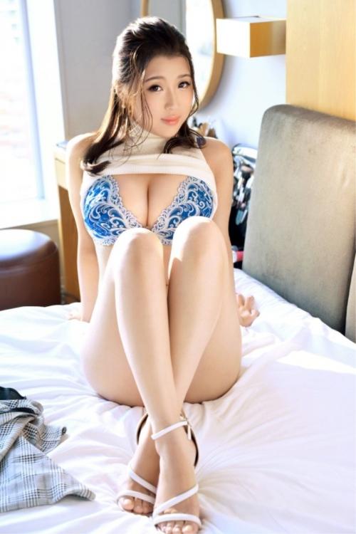 バレンタイン向きな魅惑のセクシーランジェリー 26