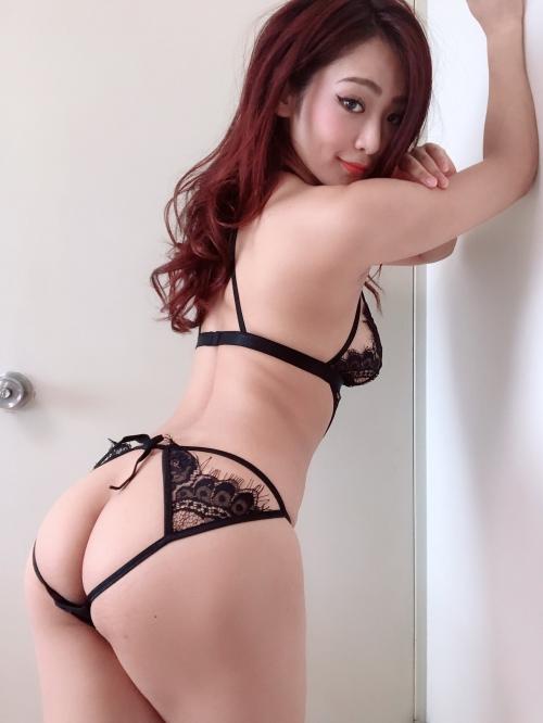 バレンタイン向きな魅惑のセクシーランジェリー 53