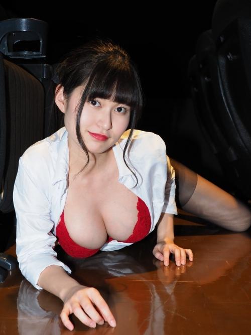 バレンタイン向きな魅惑のセクシーランジェリー 91