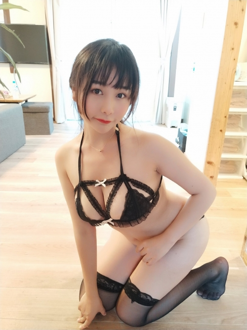 バレンタイン向きな魅惑のセクシーランジェリー 108