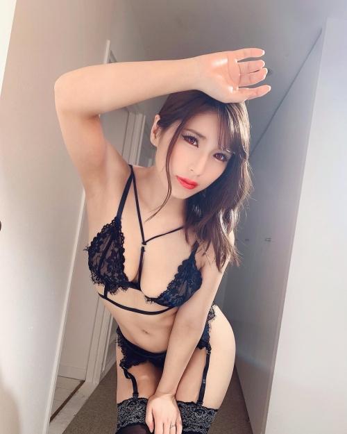 バレンタイン向きな魅惑のセクシーランジェリー 117