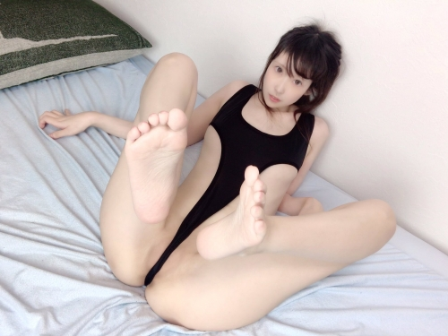 M字開脚 54