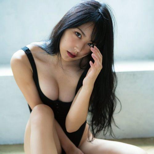 NMB48 白間美瑠『LOVE RUSH』 写真集で髪ブラ&Tバックお尻!グラドルお尻画像