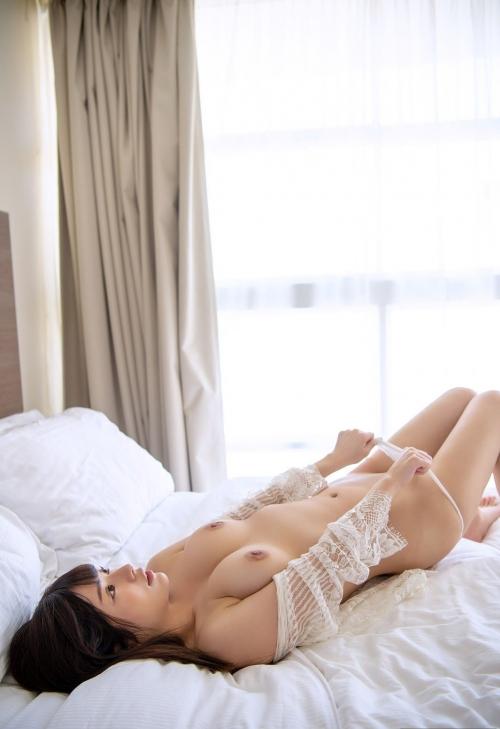 白のセクシーランジェリー 45