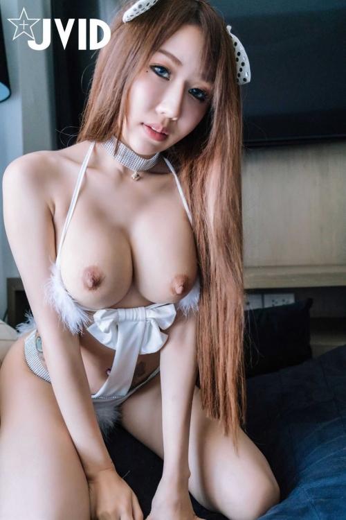 白のセクシーランジェリー 89
