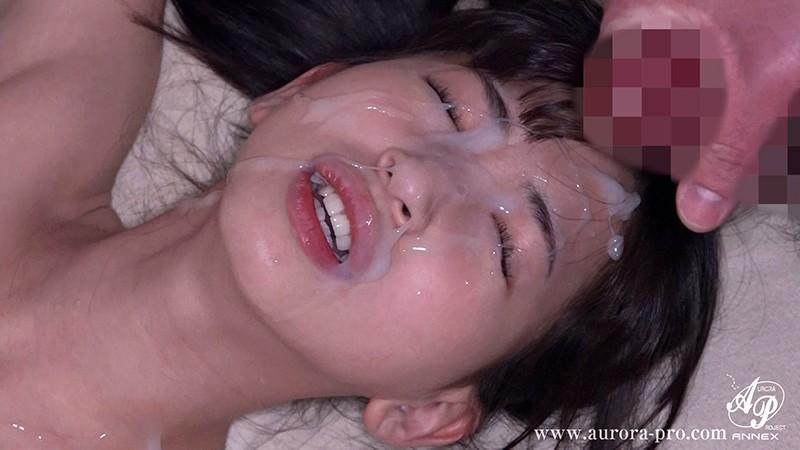 露出願望に憑りつかれた制服美少女の蕾 冬愛ことねapns00131jp-6.jpg