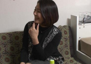 【熟女ナンパ隠し撮り】近所に居そうな好奇心旺盛なバブル時代を知る五十路おばさんに生中出し成功!!
