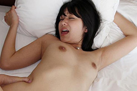 セックスや自慰で感じてる女の喘ぎ顔画像100枚