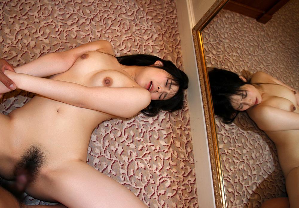正常位 セックス 画像 13