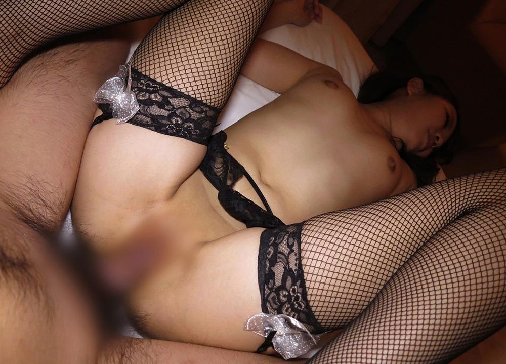 正常位 セックス 画像 24