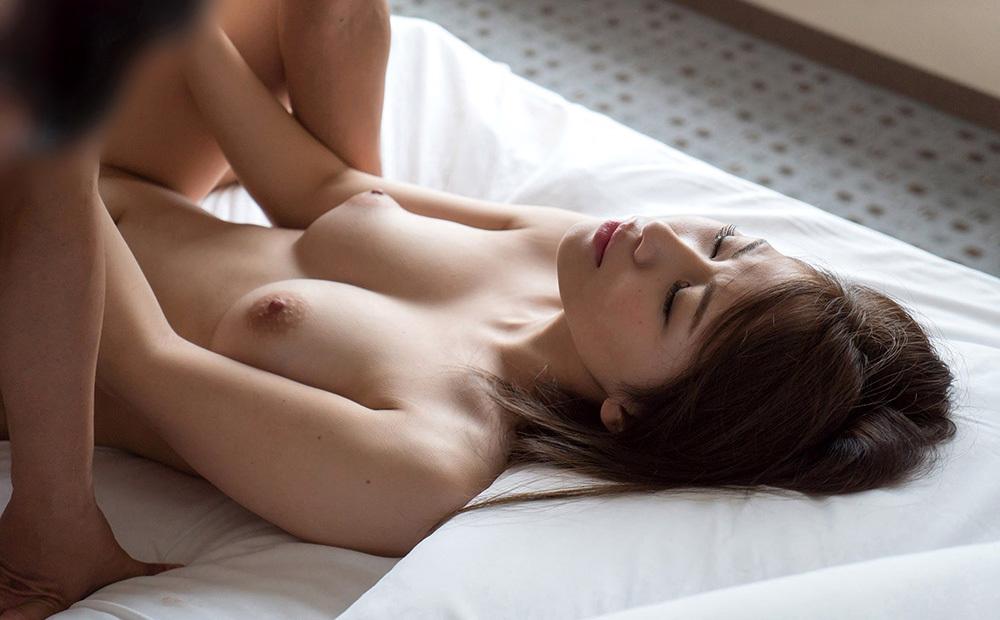 正常位 セックス 画像 3
