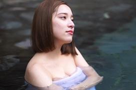都丸紗也華、混浴温泉でおっさんにおっぱいをガン見されてしまうwwwwww※画像あり