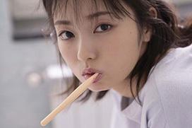 【欅坂46】卒業発表の今泉佑唯、初写真集発売!アイドル集大成 水着ショットも