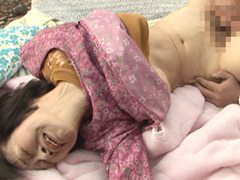 【無修正】尼崎ハルエ もんぺ巨乳スレンダー六十路