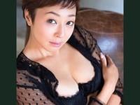 ダイスキ!人妻熟女動画 :ベリーショートの元グラドルがAV転身して初の本番ファ●ク! 小松千春