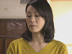 熟女ストレート : 星野友里江 自分の欲望を満たす為、息子へのセックスの手解きで快楽を得る母
