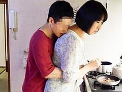 ダイスキ!人妻熟女動画 : 五十路母の肉体に欲望の赴くままに襲いかかってしまう息子 大森涼子
