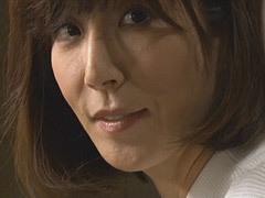 熟女ストレート : 澤村レイコ 彼女の母親とセックス三昧の青年
