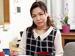 ダイスキ!人妻熟女動画:五十路母が息子の部屋にセクシーランジェリーを着て侵入し母子交尾! 奥村佳代子
