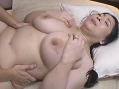 熟女ストレート : 小倉和香 息子に抱かれる巨尻母