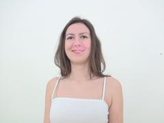 今日のエロ力:【無】【個人撮影】ティミ 36歳 ロシア人看護師人妻 美熟女ナースに生中出し