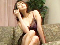 となりのおくさま : 【無修正】淫乱巨乳熟女と3P 菊池えり
